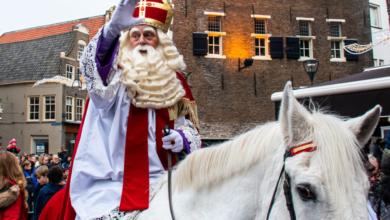 Photo of Sinterklaas op visite bij Radio Focus