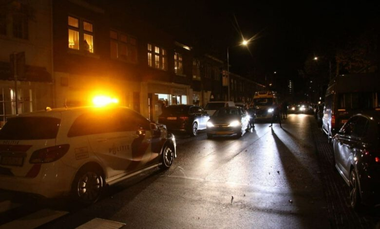 Photo of Fietser gewond bij aanrijding met auto op de Rembrandtlaan