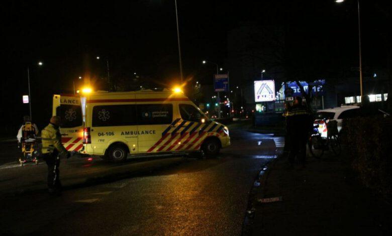 Photo of Scooterrijder gewond bij aanrijding Gasthuisdijk
