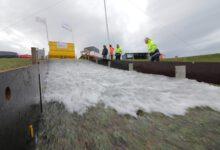 Photo of Waterschap stelt Vechtdijken met golven op de proef