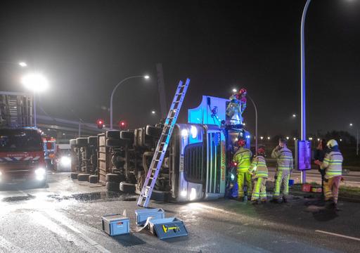 Photo of De brandweer treedt op voor trucker