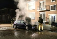 Photo of Drie auto's in vlammen op in Zwolle