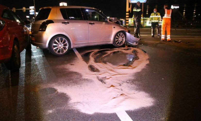 Photo of Flinke schade bij aanrijding tussen vrachtwagen en personenauto op Ceintuurbaan