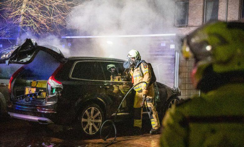 Photo of Opnieuw autobrand aan Von Weberhof in Holtenbroek