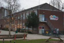 Photo of Basisscholen en kinderopvang gaan niet eerder open