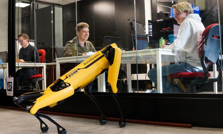 Photo of Robothond Spot gaat samenwerken met Zwolse studenten
