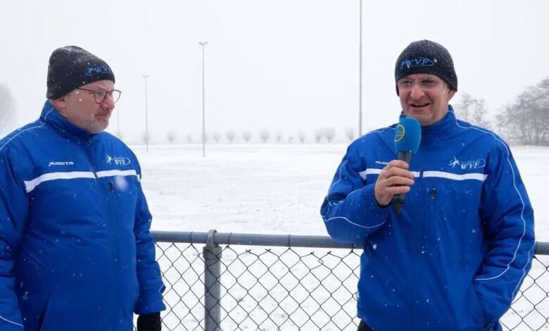 Photo of Sneeuw op de baan? No-way! Ze trekken bij IJsvereniging WVF gewoon de stop er even uit