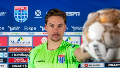 Photo of PEC Zwolle trekt doelman Bertrams aan