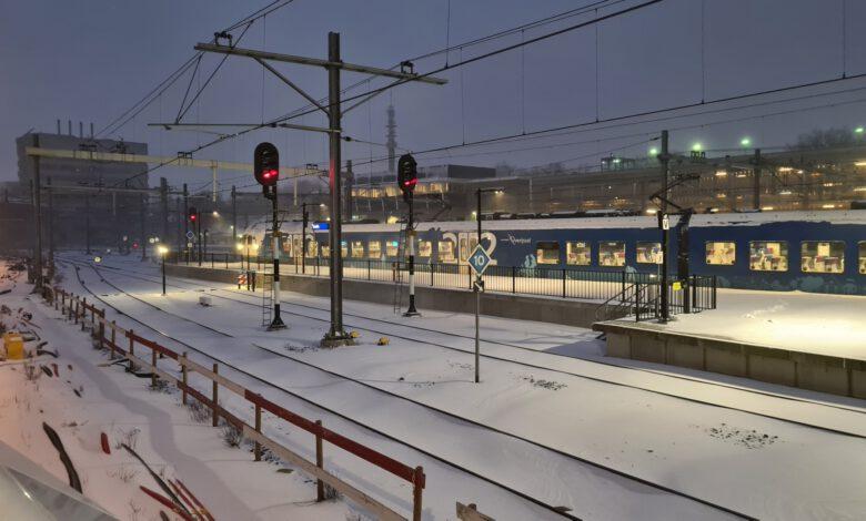 Photo of Geen NS treinen meer vandaag, ook Blauwnet ligt plat