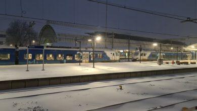 Photo of Minder treinen door heftige sneeuwval