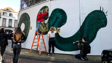 Photo of Leerlingen Cibap maken muurschildering op het Museumkwartier