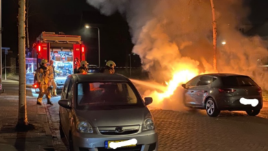 Photo of Auto gaat in vlammen op in Holtenbroek