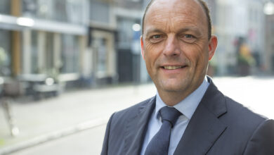 Photo of Burgemeester Peter Snijders nog niet aan het werk