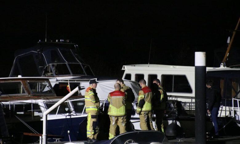Photo of Motorjacht maakt water, brandweer schiet te hulp