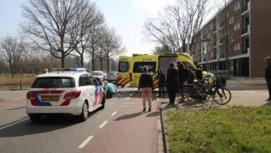 Photo of Fietsster aangereden door automobilist op de Middelweg