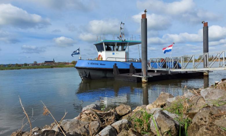 Photo of Schipper 't Kleine Veer: 'Het is weer fijn om heen en weer te varen'