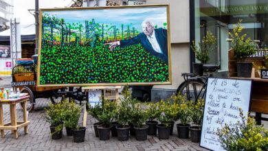 Photo of Kunstenaar Dennie Boxem schildert de wereld een beetje groener