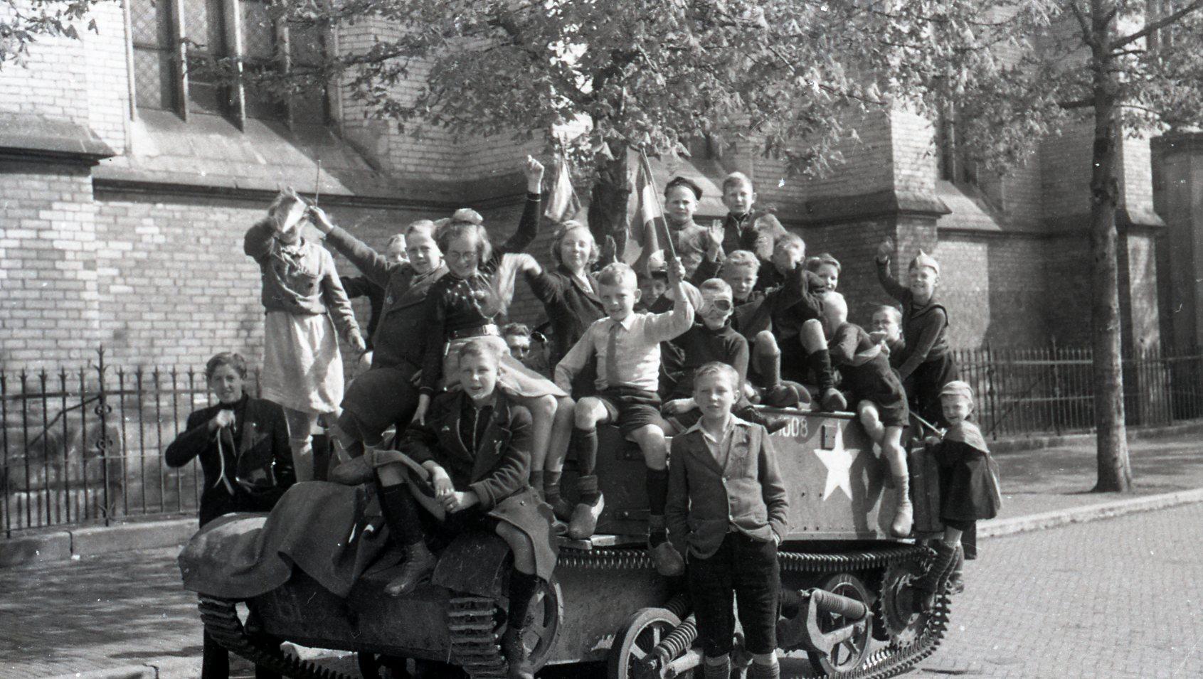 Foto: fotograaf van de foto is Evert Melvin Nordstrom (1920-2008), collectie Historisch Centrum Overijssel.