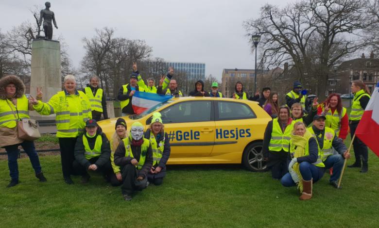 Photo of Gele Hesjes demonstreren in Zwolle tegen armoede en onrecht
