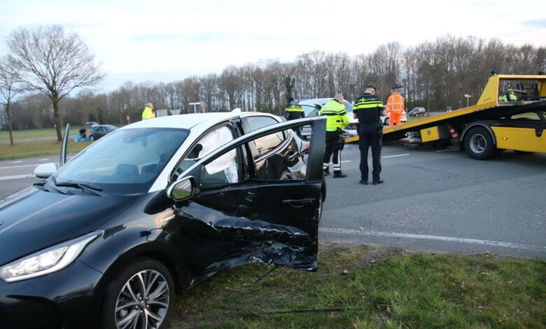 Photo of Gewonde bij aanrijding op de Hessenweg tussen Zwolle en Dalfsen