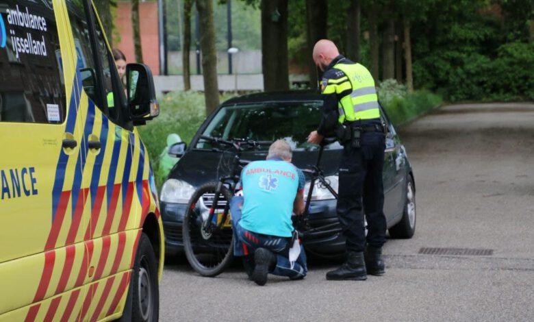 Photo of Mountainbiker gewond na aanrijding in Hanzeland