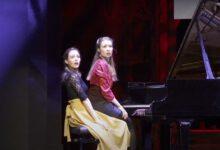 Photo of Beth & Flo geven livestream-concert vanuit De Hoofdhof in Berkum.