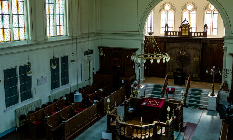 Photo of Zaterdag weer eerste dienst in synagoge