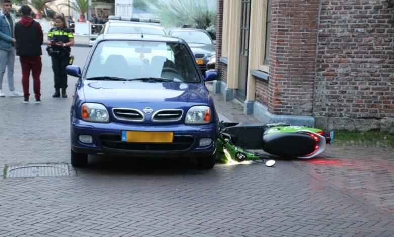 Photo of Bestuurder deelscooter gaat er na aanrijding rennend vandoor