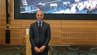 Photo of Gemeenteraad beëdigt nieuwe raadsgriffier Eric Meurs
