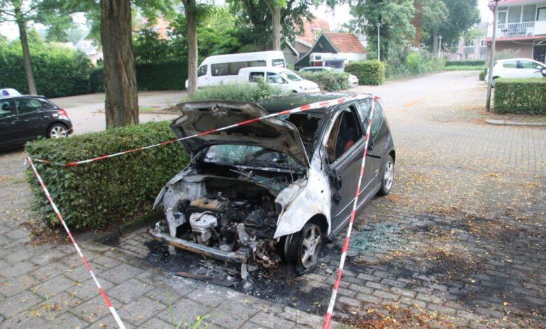 Photo of Auto gaat in vlammen op in Zwolle-Zuid