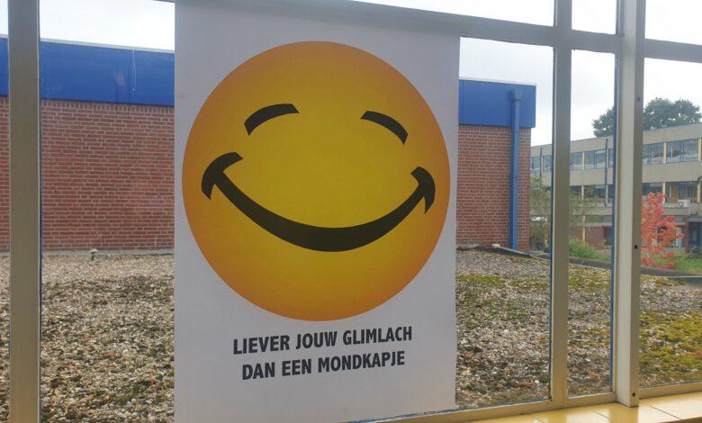 Photo of Een 'Grote Smile' voor einde coronamaatregelen op Van der Capellen sg in Zwolle