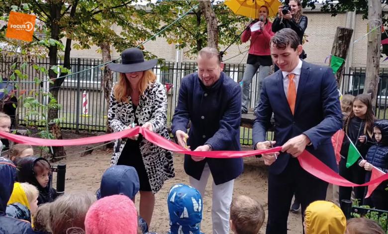 Photo of Basisschool De Parkschool heeft een nieuw groen schoolplein