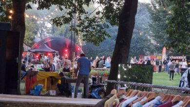 Photo of In beeld: Vernieuwend sfeervol festival Zwetsen & Kletsen in Park de Hogenkamp